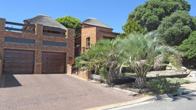 4 Bedroom House for Sale For Sale in Bloubergstrand - Home Sell - MR140905