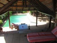 Patio - 61 square meters of property in Bloubergstrand