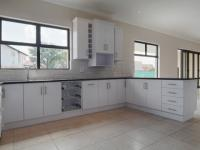 Kitchen - 30 square meters of property in Willow Acres Estate