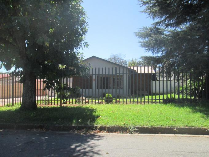 Standard Bank EasySell 3 Bedroom House for Sale For Sale in Klopperpark - MR141007