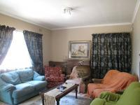 Lounges - 17 square meters of property in Vanderbijlpark C.E. 4