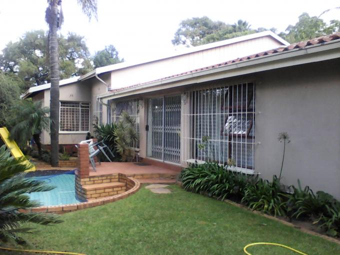3 Bedroom House for Sale For Sale in Weltevreden Park - Private Sale - MR141091