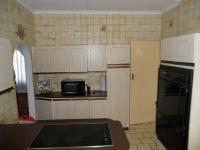 Kitchen - 12 square meters of property in Belfort