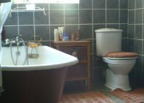 Bathroom 1 - 6 square meters of property in Philippolis