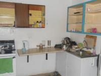 Kitchen - 35 square meters of property in Bosmont