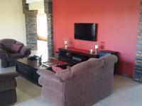 Lounges - 14 square meters of property in Bains Vlei