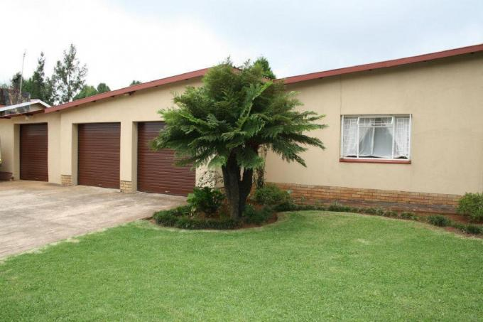 4 Bedroom House for Sale For Sale in Graskop - Home Sell - MR141459