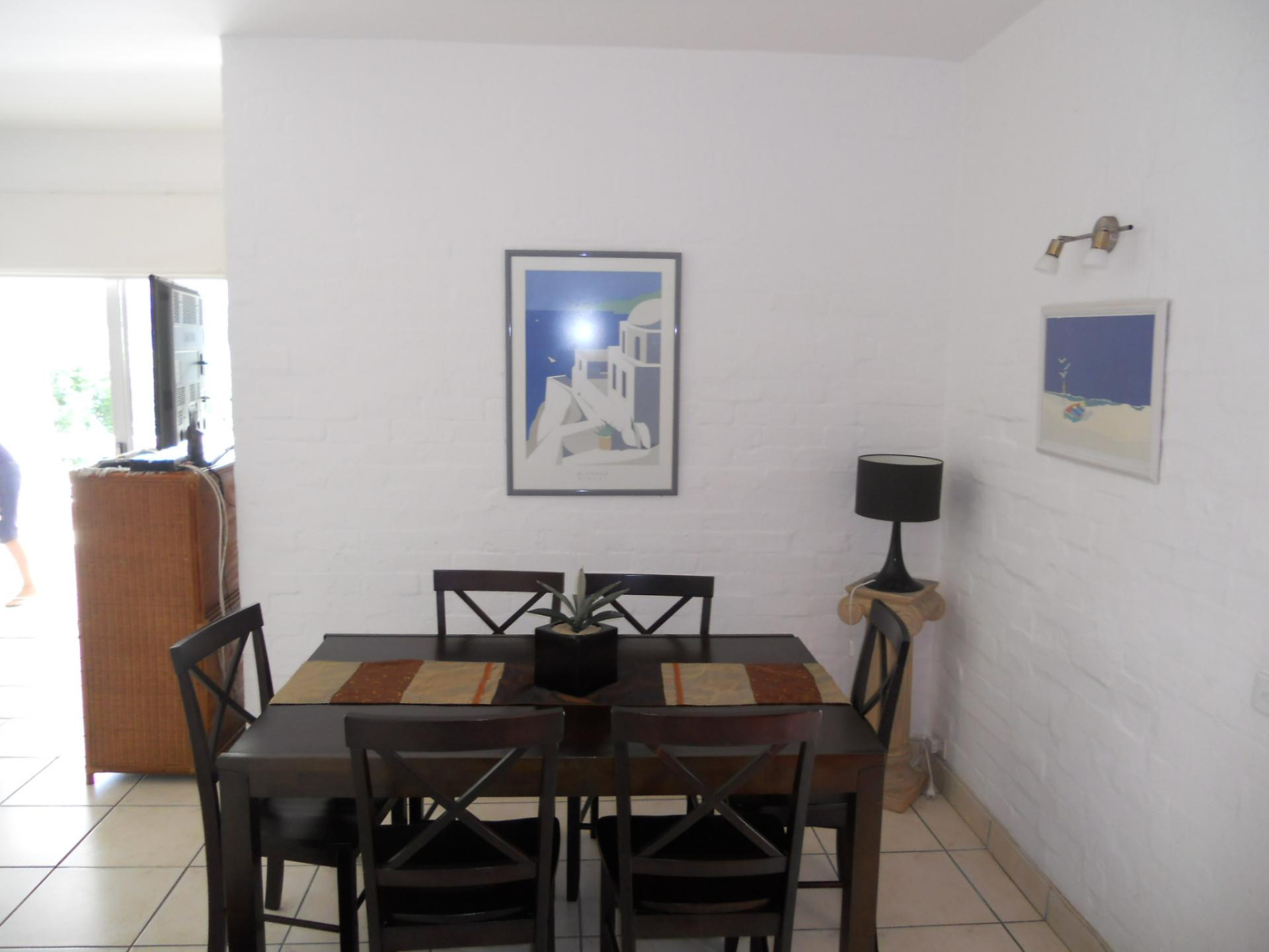 Dining Room - 9 square meters of property in Shakas Rock
