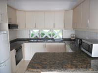 Kitchen - 8 square meters of property in Shakas Rock