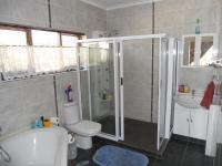 Main Bathroom - 12 square meters of property in Port Shepstone