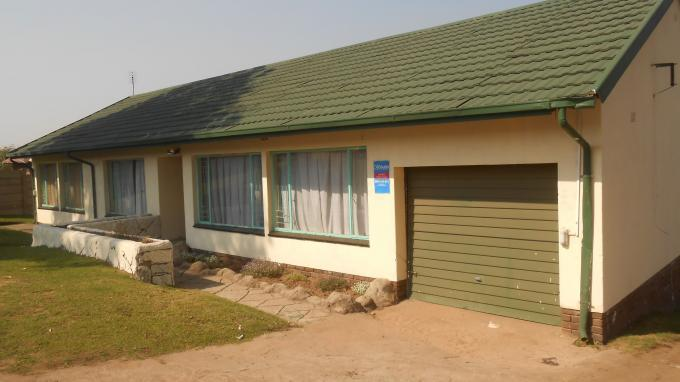 3 Bedroom House For Sale in Emalahleni (Witbank)  - Private Sale - MR141594