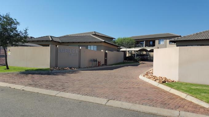 2 Bedroom Apartment for Sale For Sale in Polokwane - Home Sell - MR141598