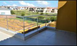 Balcony - 103 square meters of property in Kosmosdal