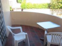 Balcony - 8 square meters of property in Claremont (CPT)