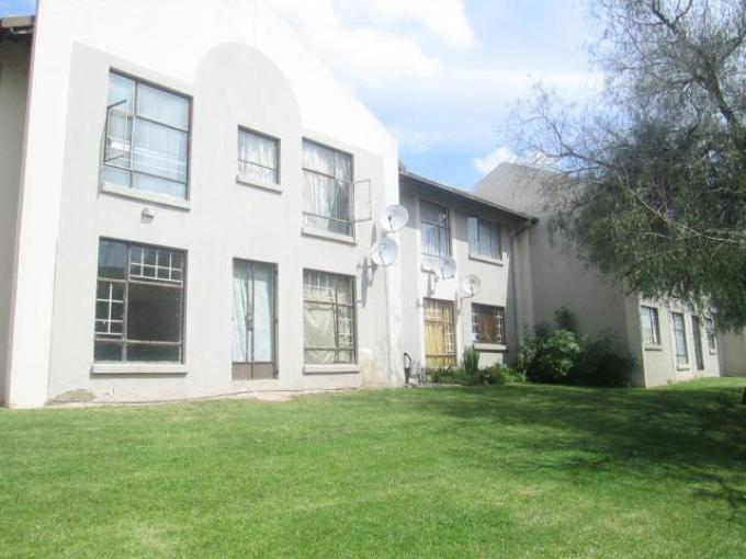 Standard Bank EasySell 3 Bedroom Sectional Title for Sale For Sale in Bramley View - MR141673
