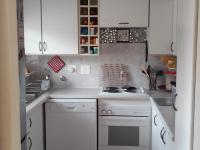 Kitchen - 10 square meters of property in Elarduspark