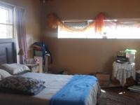 Main Bedroom - 28 square meters of property in Randfontein