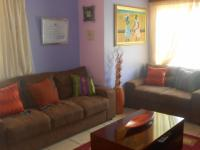 Lounges - 20 square meters of property in Cosmo City