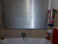 Main Bathroom - 5 square meters of property in Brackenham