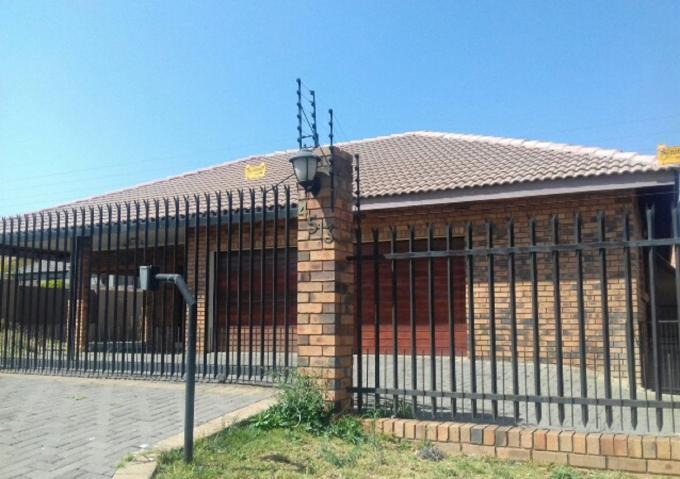 Standard Bank Insolvent 3 Bedroom House for Sale For Sale in Lydenburg -  MR141810