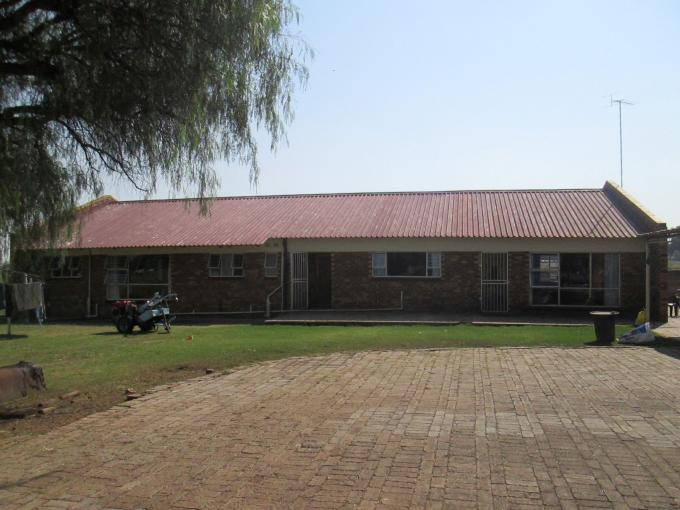 Smallholding for Sale For Sale in Vanderbijlpark - Home Sell - MR141827