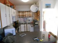 Kitchen - 11 square meters of property in Umtentweni