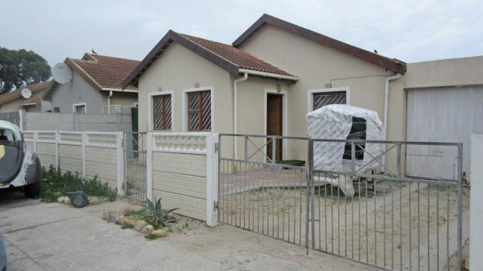 Standard Bank EasySell 3 Bedroom House For Sale in Westridge CP - MR141880