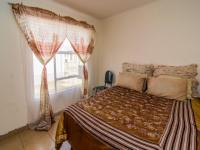 Bed Room 1 of property in Roodepoort