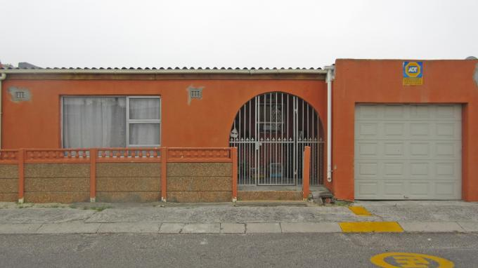 3 Bedroom House For Sale in Strandfontein - Home Sell - MR141945