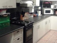 Kitchen - 14 square meters of property in Strandfontein