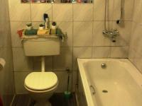 Bathroom 1 - 6 square meters of property in Strandfontein