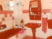 Main Bathroom - 8 square meters of property in Pretoria North