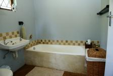 Main Bathroom - 5 square meters of property in Hillcrest - KZN