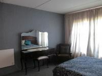 Bed Room 1 - 14 square meters of property in Deneysville