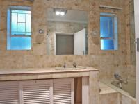 Bathroom 1 - 8 square meters of property in Waterkloof Glen