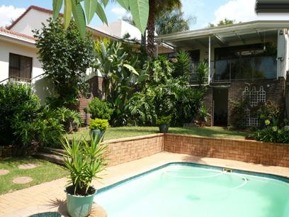 2 Bedroom Duet For Sale in Newlands - Home Sell - MR14205