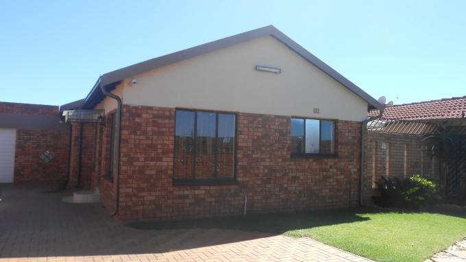 Standard Bank SIE Sale In Execution 3 Bedroom House For Sale in Lenasia - MR142061