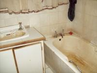 Bathroom 1 of property in Stilfontein