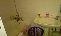 Bathroom 2 - 2 square meters of property in Woodlands - DBN