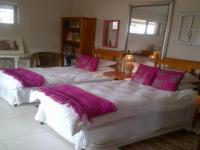 Bed Room 1 - 21 square meters of property in Mossel Bay