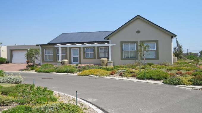 3 Bedroom Retirement Home for Sale For Sale in Somerset West - Private Sale - MR142140