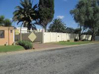 Front View of property in Brackendowns