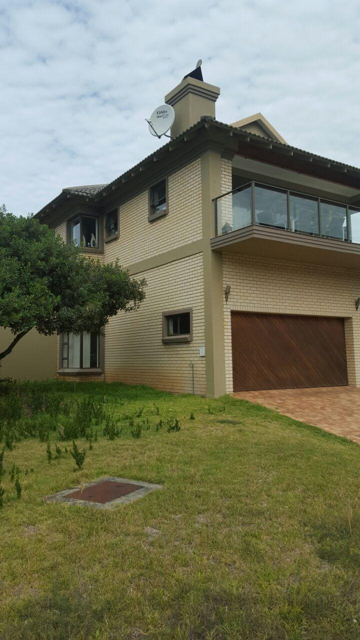 5 Bedroom House For Sale in Groot Brakrivier - Private Sale - MR142194