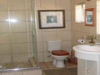 Bathroom 1 - 10 square meters of property in Sinoville