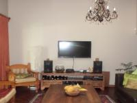 Lounges - 20 square meters of property in Sinoville