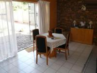 Dining Room - 23 square meters of property in Rooihuiskraal