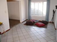 Dining Room - 21 square meters of property in Rooihuiskraal