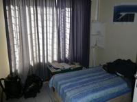 Bed Room 1 - 10 square meters of property in Rooihuiskraal