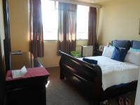 Main Bedroom - 17 square meters of property in Yeoville