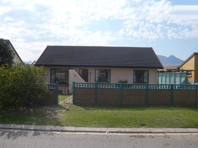 3 Bedroom House for Sale For Sale in Gordons Bay - Private Sale - MR14231